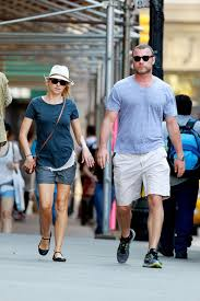 Join facebook to connect with naomi tl and others you may know. More Pics Of Naomi Watts Ballet Flats 1 Of 11 Naomi Watts Lookbook Stylebistro