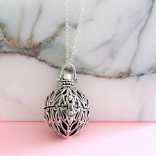 essential oil diffuser necklace locket