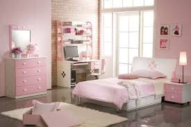 Pink And Silver Bedroom The Girly Pink Bedroom Decorating With Pink Furniture Pink Bed And