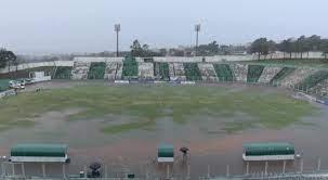 Coritiba x Cascavel CR é interrompido no intervalo devido a chuva e será  disputado na manhã de domingo - De Prima