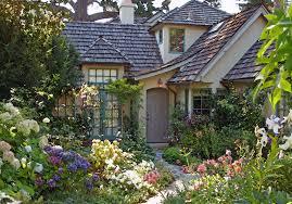 9 Cottage Style Garden Ideas  Gardening IdeasRomantic Cottage Gardens