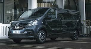2018 renault trafic. fine trafic trafic spaceclass is renaultu0027s idea of a highend shuttle inside 2018 renault trafic n