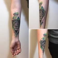 Tetování Na Stehno Lev
