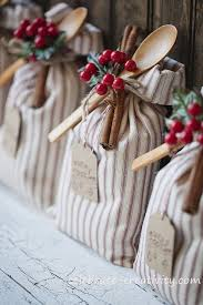 25 Amazing DIY Gifts People Will Actually Want  Itu0027s Always AutumnHow To Make Hampers For Christmas Gifts