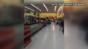 Walmart Alvin Tx Bats Flying Around Alvin Texas Walmart Youtube