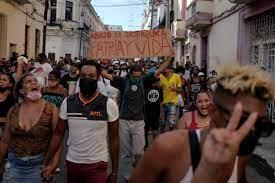 How Does Breaking News Break in Cuba ...