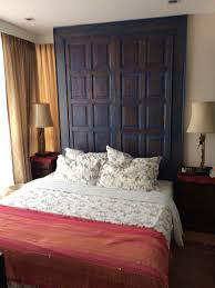 Q house 2 bed 60m for rent 40k and sale 8.85MB. This spacious corner unit  is ideally located next to On Nut BTS. It is fully furnished including a  washing ...