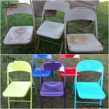 painted metal folding chairs with krylon spray paint great idea