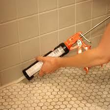 how to re caulk a bathroom