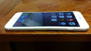 iphone 6 plus bending. iboost621 posted this picture of an iphone 6 plus with a kink in it. iphone bending i