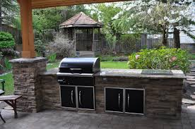 Impressive Outdoor Kitchen Bbq Island Plans With Gray Granite Kitchen  Countertops And Black Metal Cabinet Doors With Stainless Steel Frame Also  Rustic ...