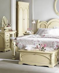 Bedroom: White Vintage Bed With Bed End Storage And Makeup Vanity ...