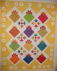 quilt idea. from 'large block quilts' by Vickie Eapen | Quilts ... & The Polka Dot Chicken: too cute chicken and fried egg quilt. Adamdwight.com