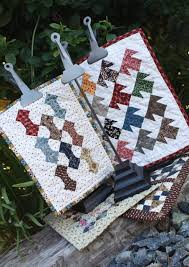 Temecula Quilt Co..Judie Rothermel 25th anniversary collection ... & Temecula Quilt Co..Judie Rothermel 25th anniversary collection quilt by  Sheryl of TQC   Quilts today   Pinterest   Sampler quilts, Patchwork and  House ... Adamdwight.com