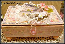 Decorating Cigar Boxes Pickled Tink Crafts Altered Cigar Box 15