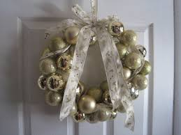 30 Cheap Easy DIY Christmas Decoration IdeasChristmas Crafts For Adults