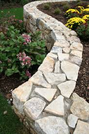18 best Backyard with Stone Walls images on Pinterest | Paredes de piedra, Rock  wall and Stacked stone walls