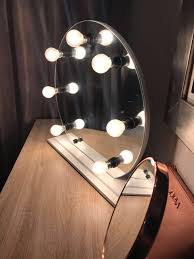 round table top vanity mirror