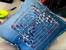 Recycled Jeans Cushion 1/4 (Recycled Denim)