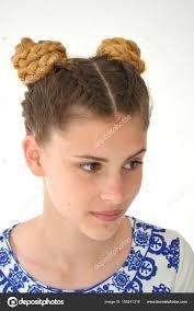 Dívka Copánky Francouzské Hrozny účes Ombre Barva Vlasů Pro Brunetky