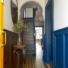 a long narrow hallway help for a dark