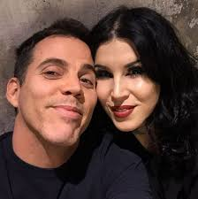 The unlikely couple were seen holding hands and looking shy as they left the itv studios for ant and dec's saturday night takeaway. Steve O Moves On From Stacey Solomon By Dating Tattoo Artist Kat Von D Of La Ink Metro News