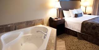 king deluxe with jacuzzi