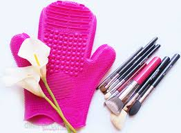 2x sigma spa brush cleaning glove review