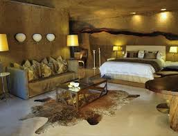 Safari Bedroom | earth lodge gallery