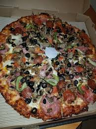 photo of round table pizza oakland ca united states king arthur s supreme