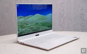 Dell Xps 13 Review 2018 Still The Best Windows Laptop