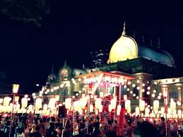 築地本願寺で年に一度の夏祭り日本一屋台の美味しいお祭を楽しもう