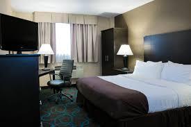 Hotel Raj Vista Suites And Convention Holiday Inn Niagara Falls Ny Bookingcom
