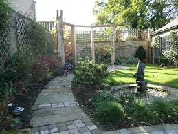 courtyard small garden design