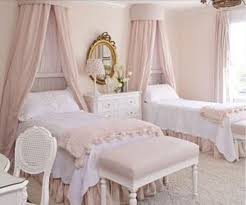 20 Stylish French Bedroom Decor Ideas