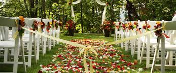 Awesome Places For Outdoor Weddings Log House Garden Outdoor