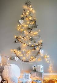 diy merry tree lights on the wall