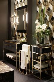 10 Best Golden Aesthetics for Your Bathroom Design