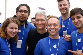 apple interns make almost 7 000 a month but they can t whisper a word to their friends about their jobs