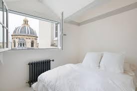 Immagini Di Camere Da Letto Moderne : Immagini di camere da letto piccole poltrona bergere in tessuto
