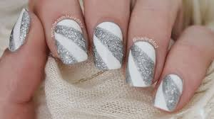 Easy Prom/New Years Nail Art - YouTube