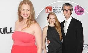 Mireille Enos And Husband Alan Ruck Welcome Baby Boy Larkin Zouey Awesome Hillary Ruck Marriage