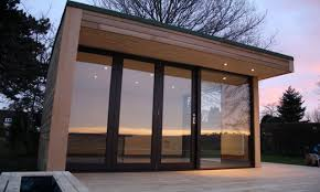 Modular Concrete Homes Modern White Wall Glass And Concrete Homes That Can Be Decor With