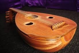 Ada juga alat musik yang terbuat dari ruas batang padi yang sudah tua, namanya adalah pupuik batang padi. 35 Alat Musik Tradisional Indonesia Cara Memainkannya Lengkap