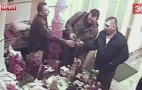 Контрольная закупка В Москве полицейские устроили дебош в борделе  Контрольная закупка В Москве полицейские устроили дебош в борделе