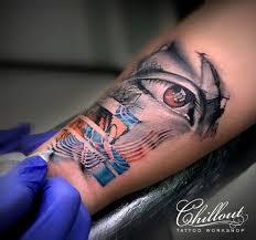 татуировка глаз на руке Chillout Tattoo Workshop