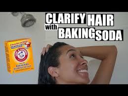 to clarify your hair using baking soda