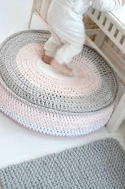 Floor Pillows And Poufs Best 25 Diy Pouf En Tricot Ideas On Pinterest Modale De Pouf En