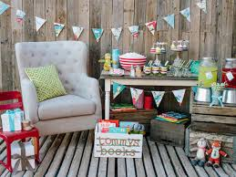Baby Shower Design Ideas 10 Creative Baby Shower Ideas Hgtvs Decorating Design