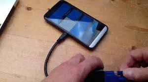 VicTsing Micro HDMI vers VGA femelle Cable Adaptateur, Regarder votre  smartphone ou tablette sur un - YouTube